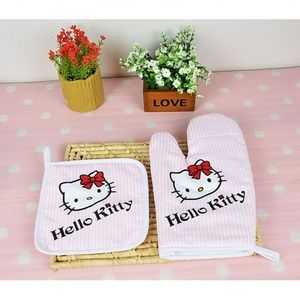 Hello Kitty Insulated Baking/Cooking Gloves